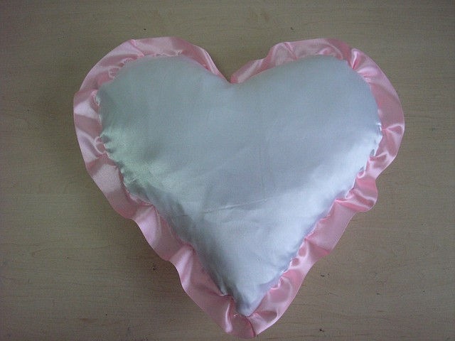 Подушки под печать в форме сердца