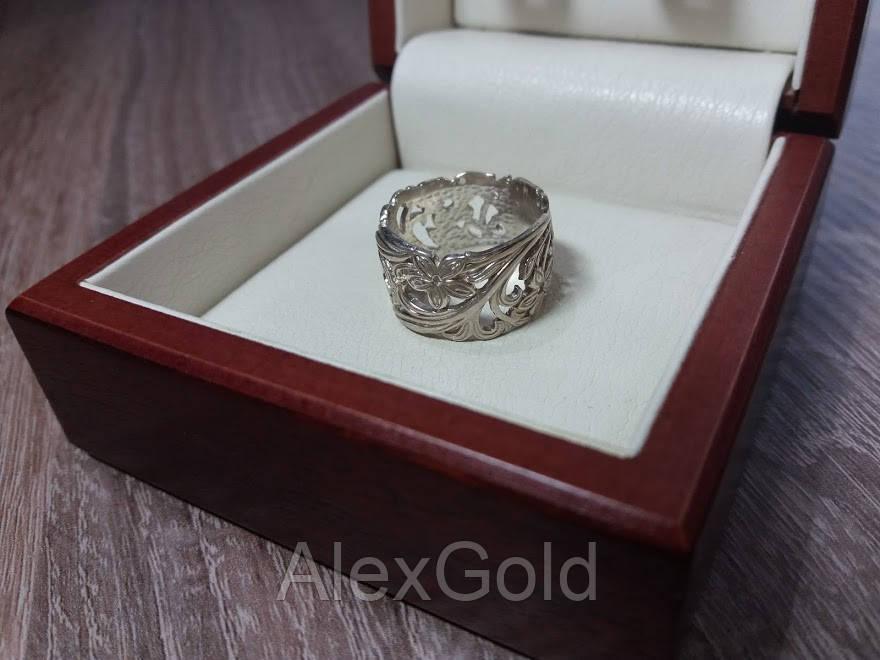 Женское широкое кольцо без камней