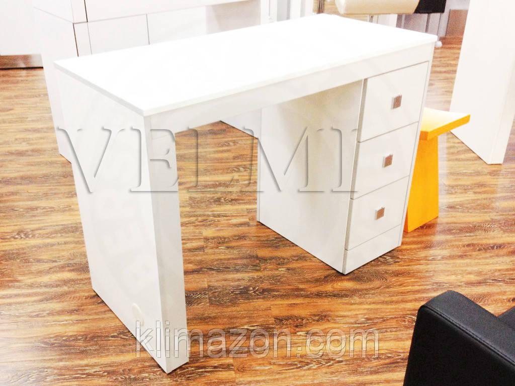 Маникюрный стол Evora