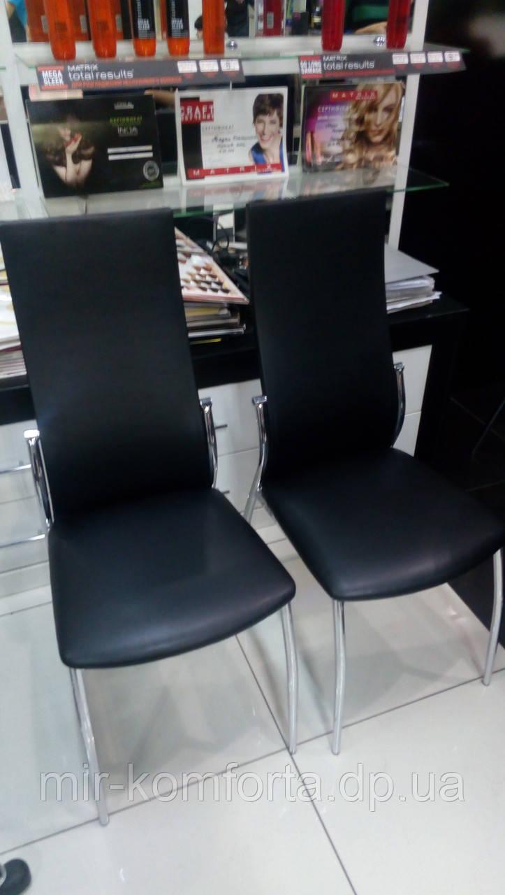 Перетяжка стульев для салона