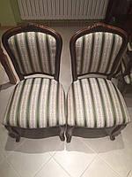 Перетяжка стульев с декоративными гвоздиками