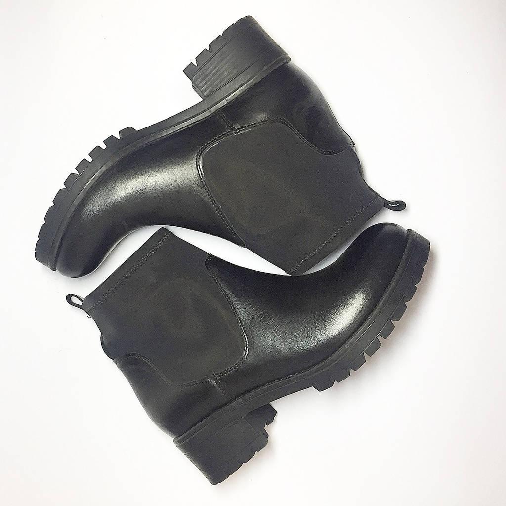 Ботинки женские из кожи низкий ход