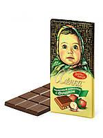 Шоколад Аленка молочный с фундуком  Красный Октябрь 100 грамм
