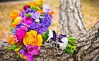 Букеты, бутоньерки, оформление свадьбы цветами