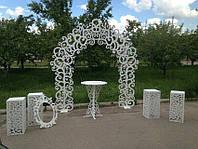 Свадебная деревянная колонна