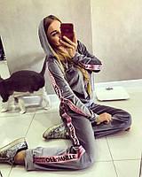"""Костюм Doratti модный из бархата с лампасами-лентами кофта и брюки """"OFF"""" разные цвета Ddor663"""