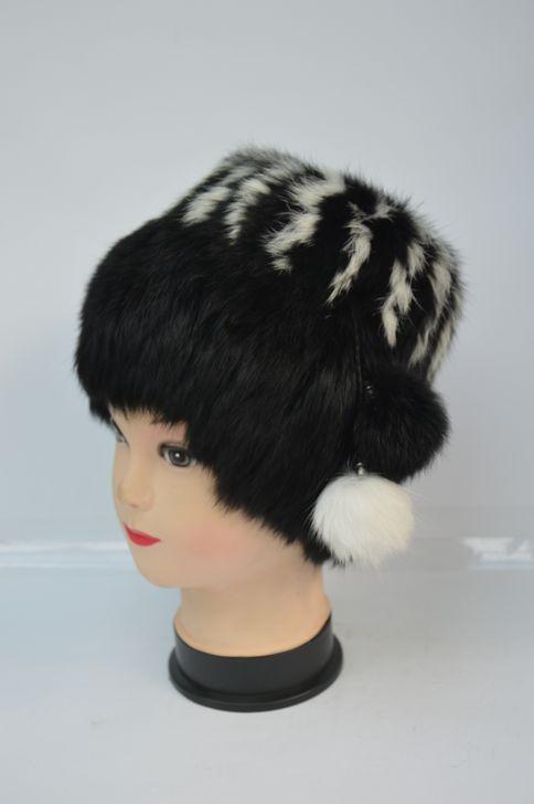Женская меховая шапка хит сезона