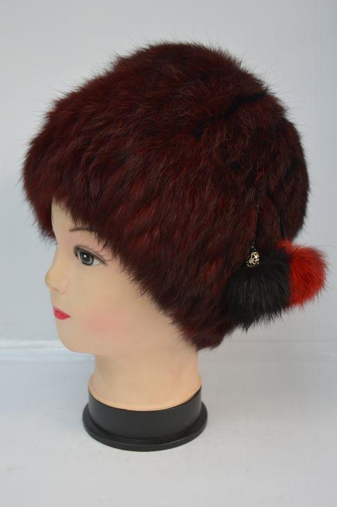 Оригинальная женская меховая шапка