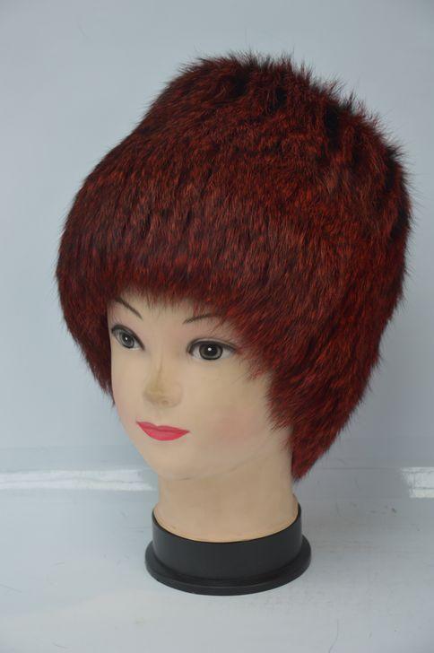 Качественная женская меховая шапка