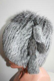 Мягкая шапка для женщин по выгодным ценам