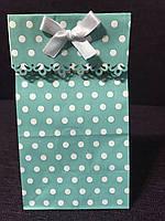 Пакет цветной в горох белый для подарка 20*9*6,5 см