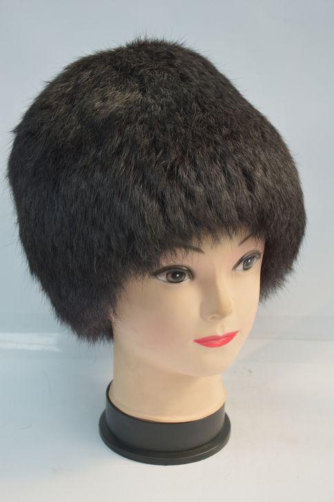 Стильная меховая шапка высокого качества