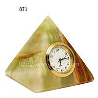 Часы пирамида из из натуральных камней оникса