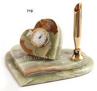 Часы офисные из оникса в форме сердца плюс держатель для ручки