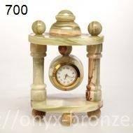 Часы арка из оникса