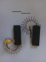 Щетка угольная 5*12,5*36 клеяная, провод по центру с пружинкой ( CS CARBON BRUSHES)