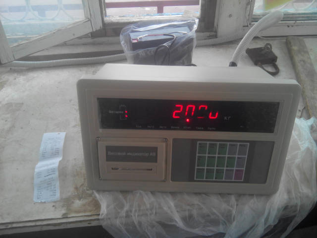 Весовой терминал A9p со встроенным принтером-позволяет получать распечатку с датой, временем взвешивания и весом автомобиля.