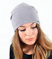 Светло-бежевая шапочка