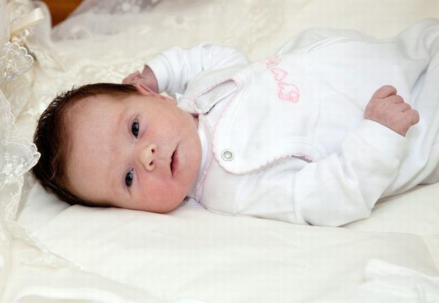 Костюмчики и комплекты для малышей
