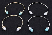 Модные браслеты с камнем