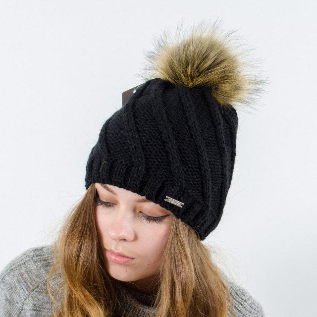 """Вязаная женская шапка """"Berta"""" с меховым помпоном"""