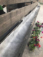 Укладка геотекстиля на даче и садовом участке