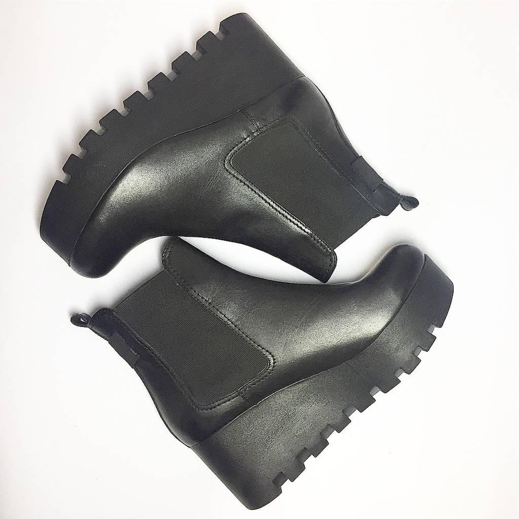 Женские осенние ботинки на платформе из натуральной кожи