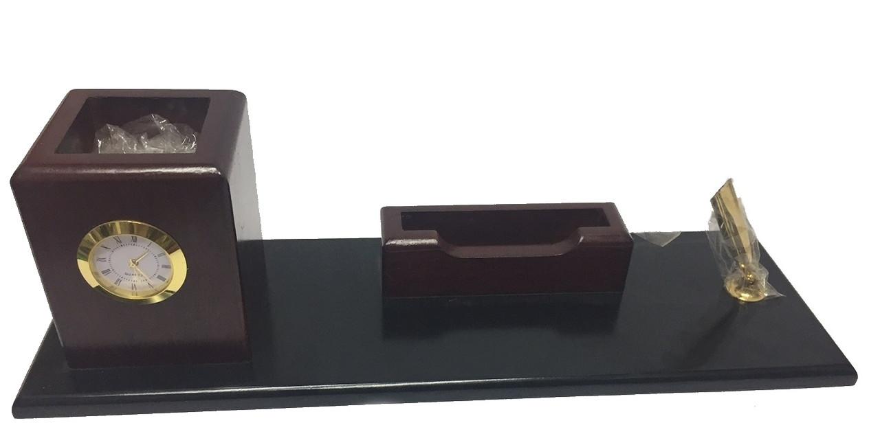 Набор офисный настольный 158 бордовый+черный (дерево)