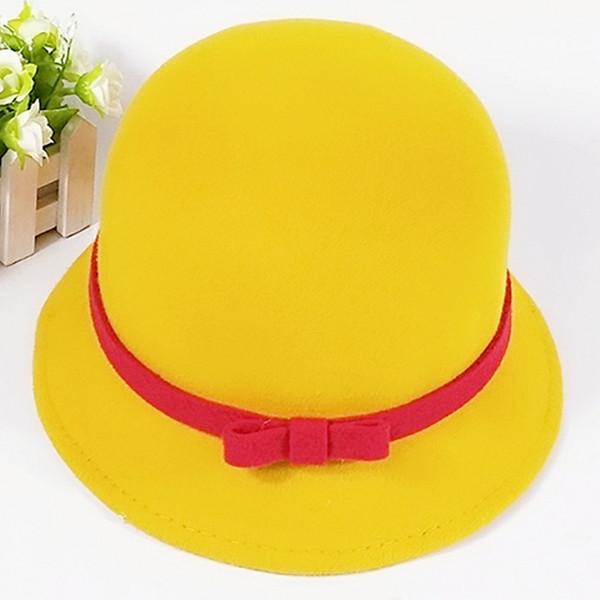 Шляпка с контрастным бантиком