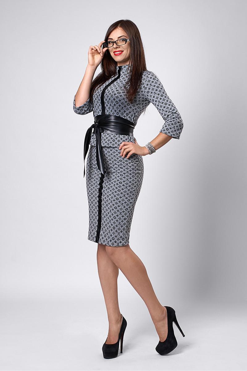 Костюм мод №269-10, размеры 44 Луи Витон серый