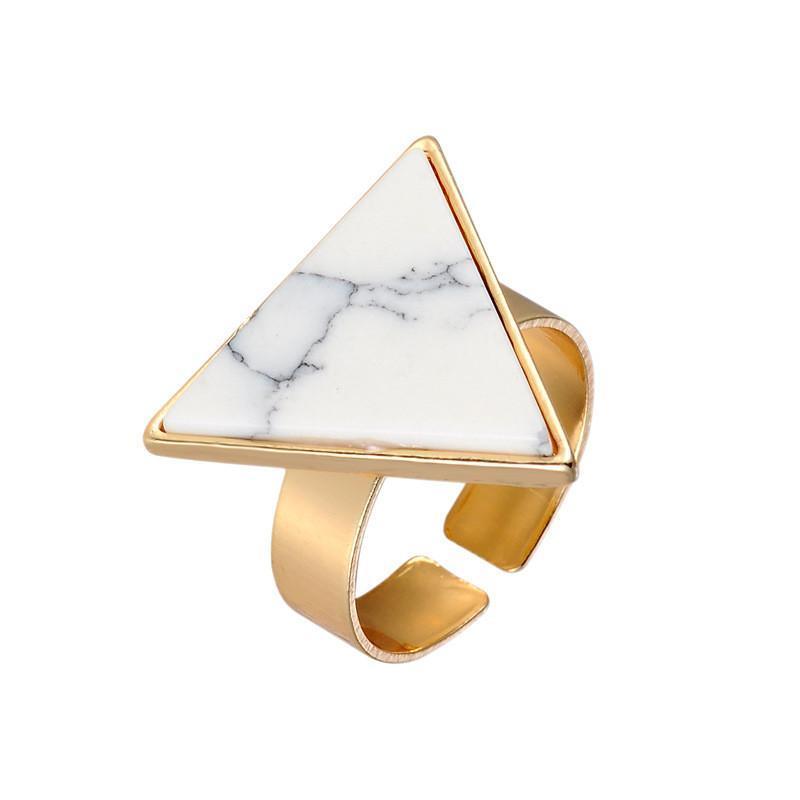 Кольцо с турквенитом