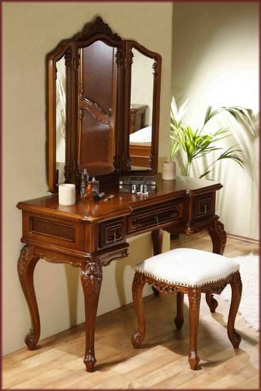 Зеркало к туалетному столику