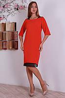 Полу - батальное красное платье с черными кружевными вставками