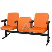 """Секционное кресло для конференц зала """"Плаза мобил""""."""