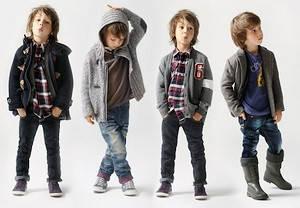 Одежда и головные уборы для мальчиков