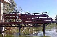 Лестница с платформой для причалов (3 фото)