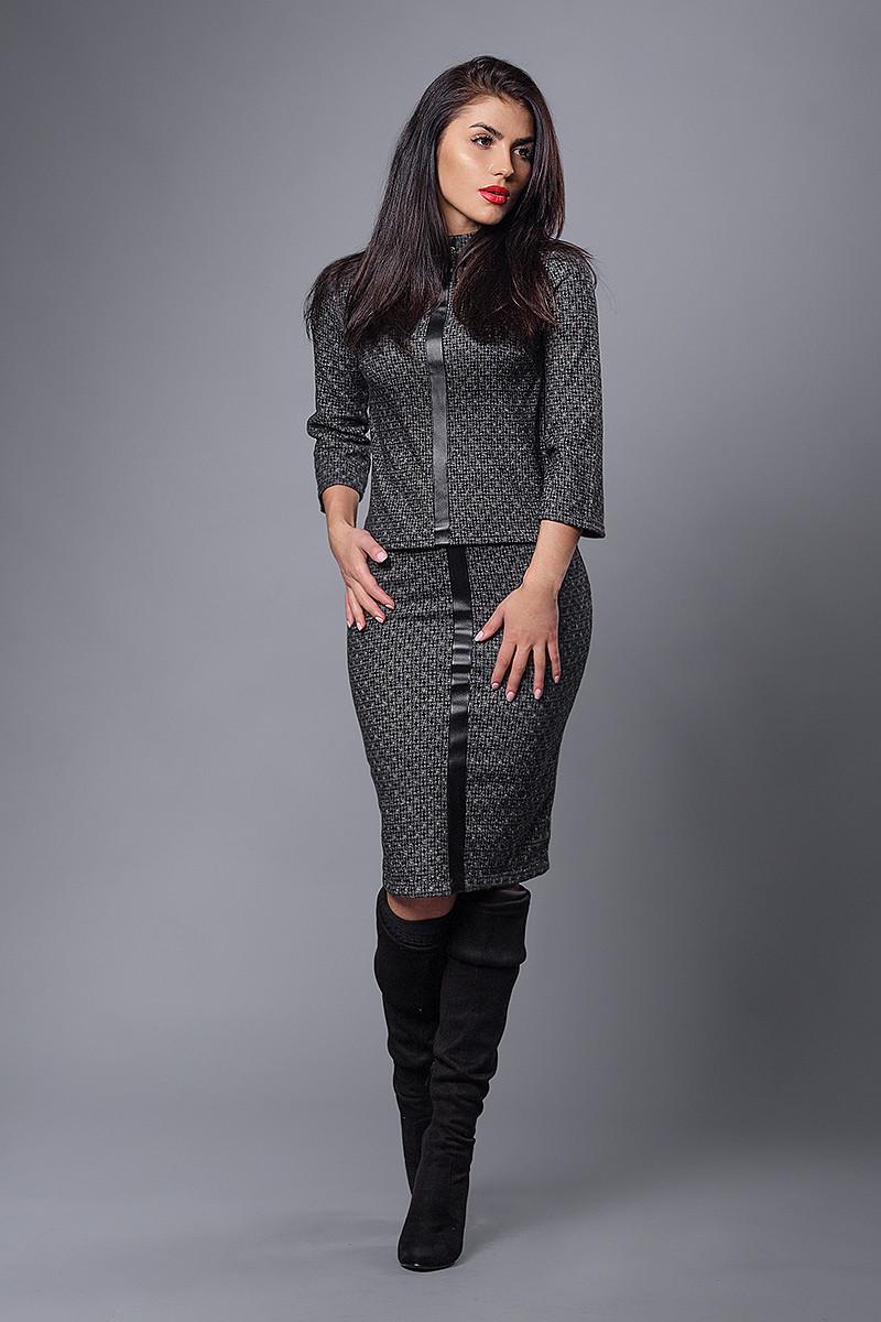 Деловой женский костюм с поясом, серая плетенка, фото 1