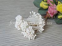 Тайские тычинки белые, круглые, мелкие на белой нитке, фото 1