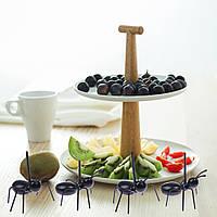 Шпажки для фруктов: муравьи!