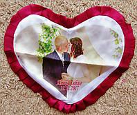 Печать на подушку в виде сердца с Вашим фото или картинкой