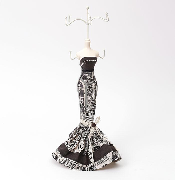 Подставка под ювелирные украшения  продажа, цена в Киеве. подставки ... a8643d21af0