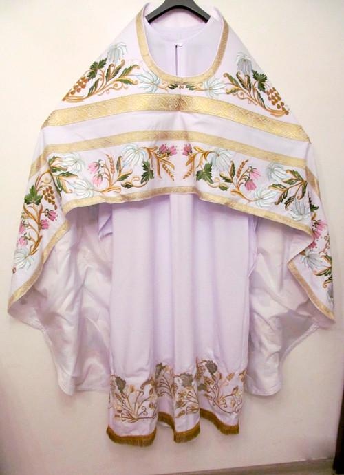 Цвета облачений священников в праздники