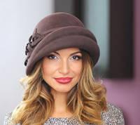 Фетровая шляпа с ассиметричными складками
