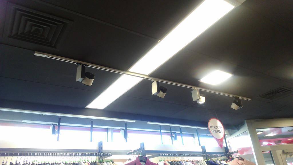 Монтаж трековых LED светильников и светильников общего освещения