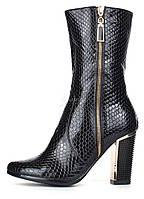 Сапоги женские на каблуке черные Ascalini глянцевая текстура, Черный, 35