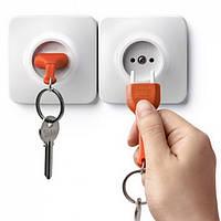 Ключница настенная и брелок для ключей Unplug Qualy (белый-оранжевый)