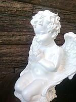 Статуэтка ангел на коленях