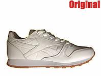 Размер: 39. Кроссовки женские Reebok Classic - white, материал - кожа, с защитой подошвы