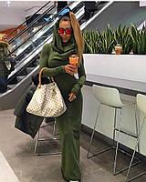 Модное платье в пол с хомутом-капюшоном