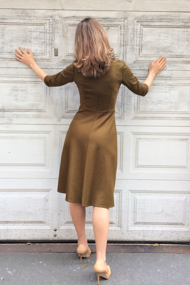 Платье миди оливковое П203